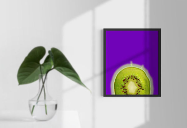 Ramexempel: 0042 Purple Kiwi - Abstrakt unik svensk konst - Konstnär: Bengt Grönkvist