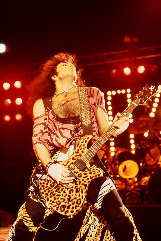 Paul Stanley, Kiss, Animalize Tour. Johanneshovs Isstadion, Stockholm 1984. Fotograf: Bengt Grönkvist.