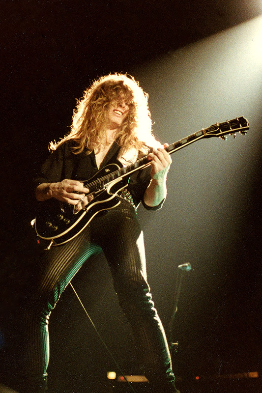 John Sykes, Thin Lizzy. Johanneshovs Isstadion 1983. Fotograf: Bengt Grönkvist.